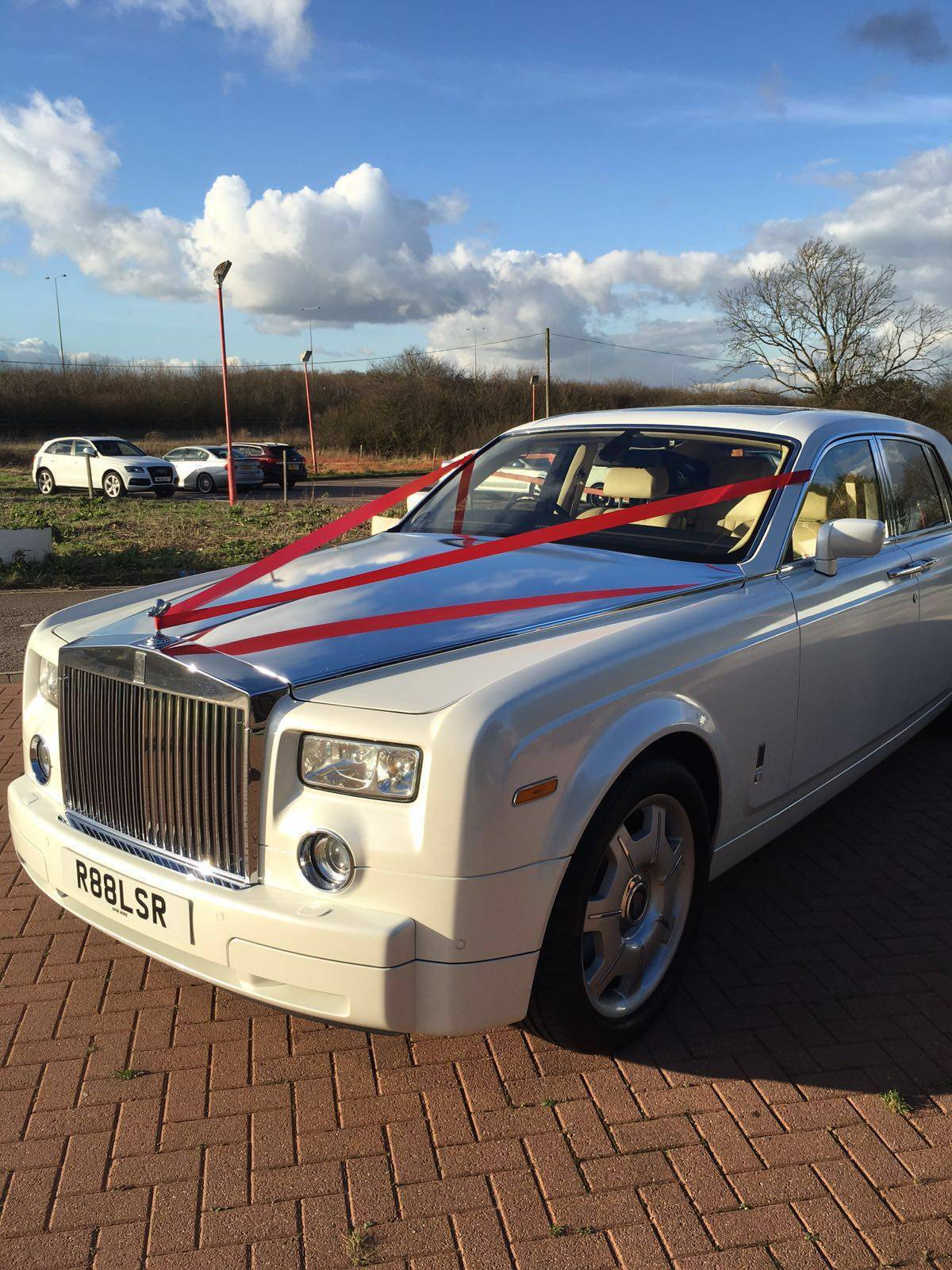 How is Wedding Car Hire Important?