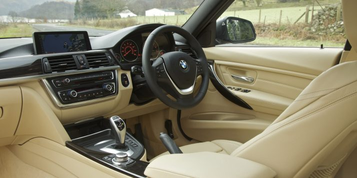 2012_bmw_3-series_uk_85_1600x1200