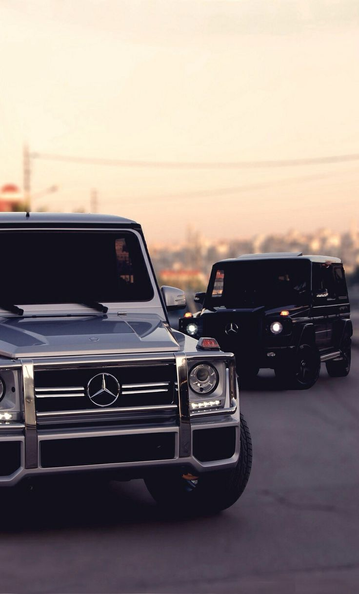 Mercedes g wagen hire london mme prestige for How much does it cost to service a mercedes benz