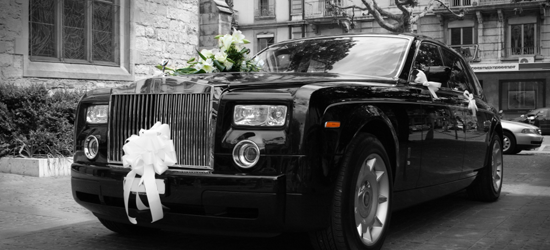 Things to consider while booking a wedding car