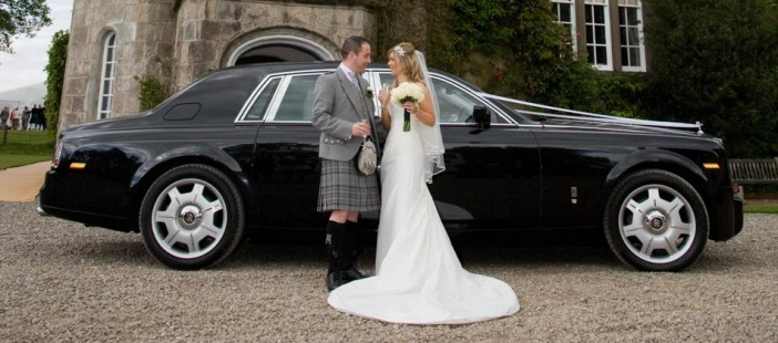 Dazzle the Wedding Day with Luxurious Wedding Car