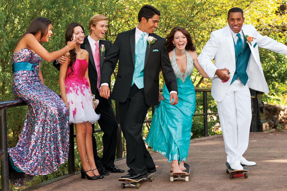 How to Cut Prom Costs & Still look Cool